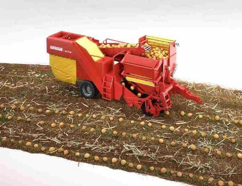 Bruder #02130 Grimme SE-75 Potato Digger with 80 Imitation Potatoes - New Factory Sealed #2130