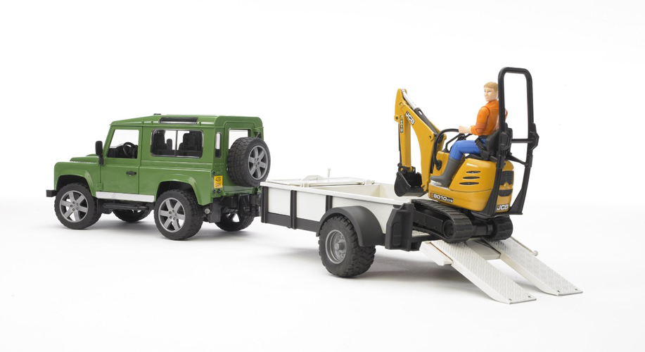 Bruder #02593 Land Rover Defender with Trailer, JCB Micro Excavator and Construction Worker - New - Factory Sealed #2593