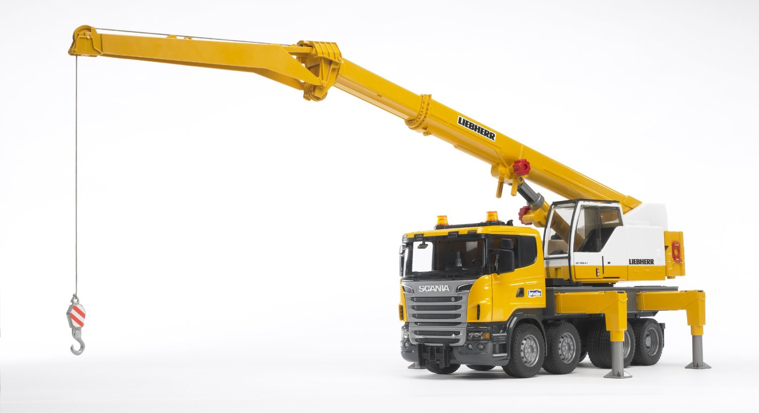 Bruder #03570 SCANIA R-Series Liebherr Crane with Light & Sound! NEW! #3570