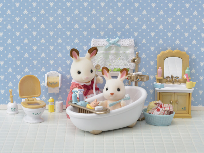 CALICO CRITTERS #CC1748 Country Bathroom Set - New Factory Sealed
