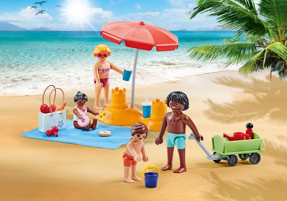 Playmobil Add On #9819 Family at Beach - New Factory Sealed
