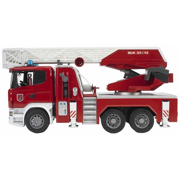 Bruder #03590 SCANIA R-Series Fire Engine w. water pump and light/sound module -New-Factory Sealed! #3590