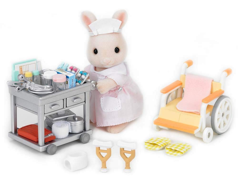 CALICO CRITTERS #CC1767 Country Nurse Gift Set - New Factory Sealed