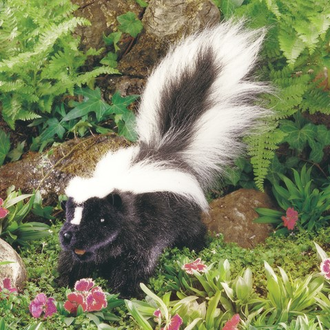 Folkmanis Hand Puppet Skunk - New #2250